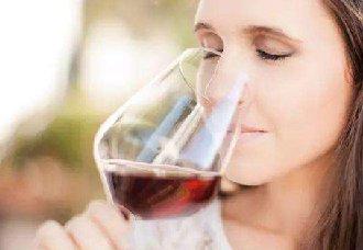 夏天该喝什么葡萄酒?五款适合夏天饮用的葡萄酒推荐