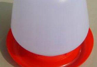 <b>鸡用饮水壶的优缺点以及清洗方法</b>
