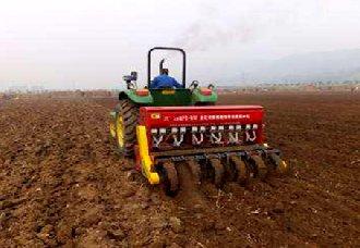安徽濉溪县:获农机专项补贴资金的贫困村已达12个
