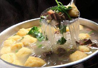 <b>南京风味小吃——鸭血粉丝汤</b>