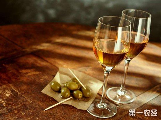 葡萄酒应该倒多少?不同葡萄酒的倒酒量