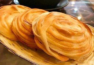<b>陕西西安特色小吃——千层油酥饼</b>