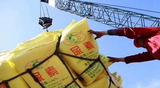 东北化肥市场冬储提前启动 导致其现象的原因众多