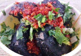 <b>湖南长沙传统特色小吃——长沙臭豆腐</b>