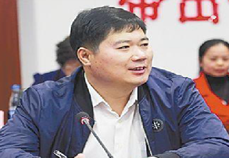 <b>河南开封市:驻村第一书记高华敏常年奋战在扶贫第一线</b>