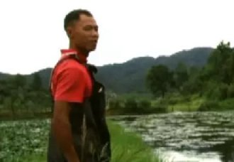 湖南浦市镇:菱角田里再养鱼 唐正赢的致富经
