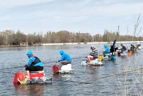 新疆北庭镇:以水养鱼到以渔带游共奔小康