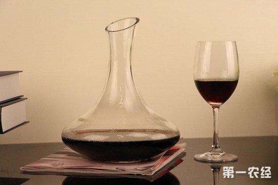 葡萄酒为什么要用醒酒器?醒酒器具体有哪些作用