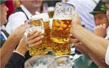 怎么喝啤酒最健康?正确的喝啤酒方法介绍