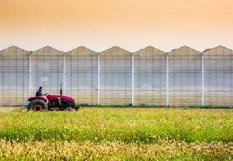 <b>现代农机让农业生产变得更加轻松与高效</b>