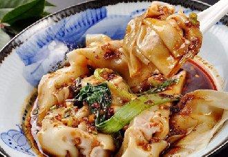 四川成都传统小吃--龙抄手