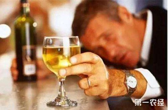 醉酒怎么办?这10个解酒方法可以帮你