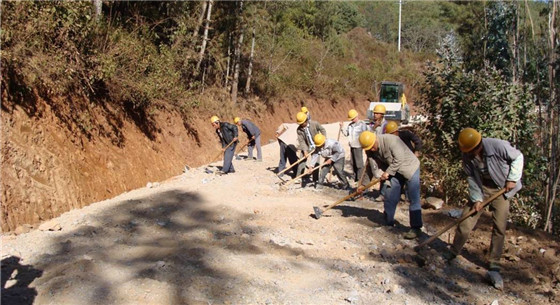 强化农村公路质量把关 农村公路工程质量终身责任制