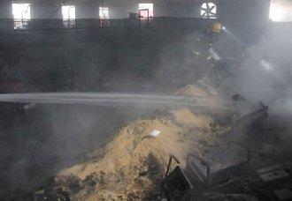 <b>湖北钟祥:几千只鸡在一场大火中消亡</b>