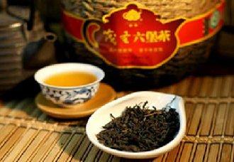 "<b>广西六堡茶成功""登机"" 成为马来西亚亚航舱饮品</b>"