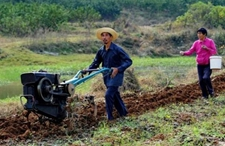 种地的农民越来越少,以后农业该如何发展呢?