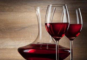 我国去年从法国进口的葡萄酒数量直线下跌