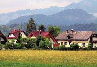"""<b>印度实施""""理想乡村计划"""" 把月特村打造成样板村</b>"""