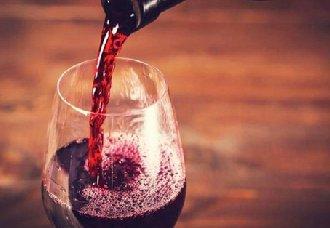 哪些葡萄酒是混酿?常见的混酿葡萄酒