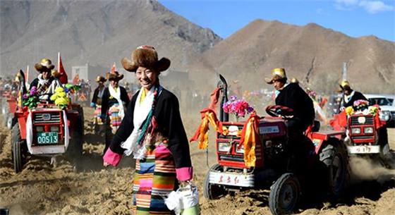 西藏农村居民人均收入连续16年增长 贫困发生率降到6%以下
