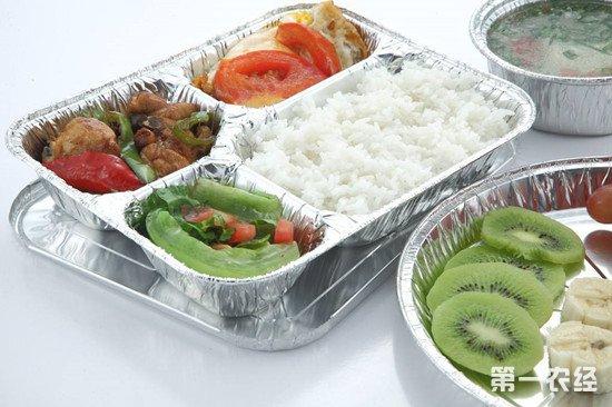 外卖餐盒环保代价大 餐盒回收难度高