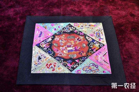 贵州传统工艺助力乡村振兴 产品远销海外