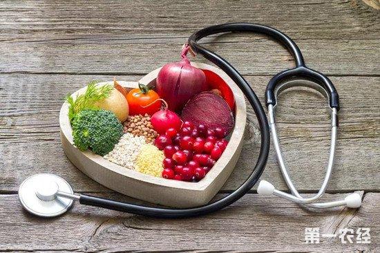 中国居民饮食状况:盐吃太多,杂粮和水果吃太少