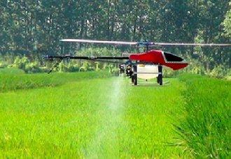 <b>青海平安区植保无人机喷洒农药工作 加快农业现代化进程</b>