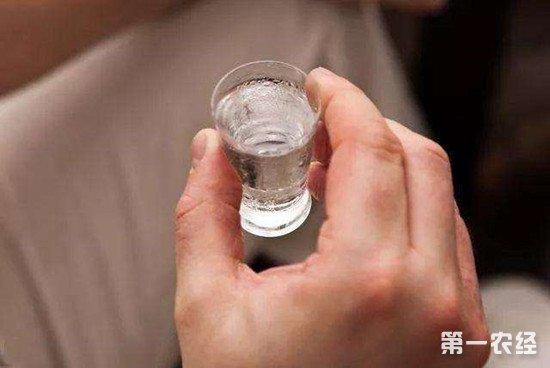 喝白酒对人体有哪些好处?白酒的这些功效你知道吗