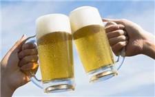 哪些酒适合加冰饮用?夏天这么喝酒更爽快