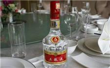 """酱香清香型白酒崛起 浓香型白酒不再一""""香""""独霸"""