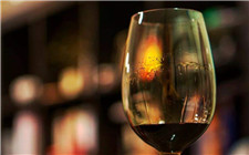 葡萄酒挂杯是质量好吗?葡萄酒为什么会挂杯