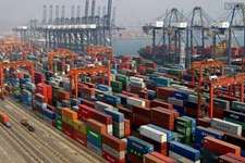 2019年前7个月中国外贸进出口:出口同比增长10.3% 对美进口同比下降24%